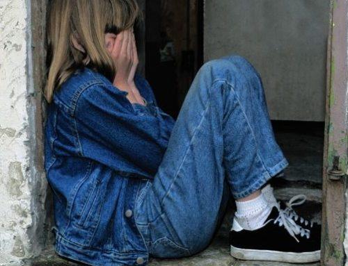Como ser isolado pode afetar a saúde mental do seu filho